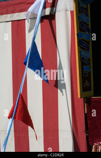 Bunting and Punch and Judy tent at traditional English Feterepose rest ease & Punch And Judy Tent Stock Photos u0026 Punch And Judy Tent Stock ...