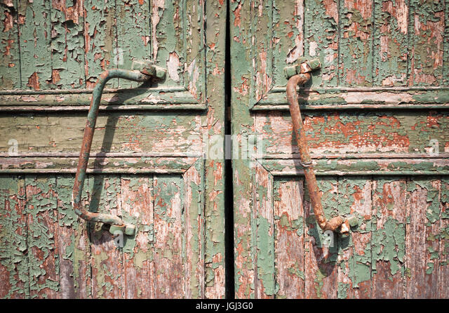 Rusty Door rusty barn door stock photos & rusty barn door stock images - alamy