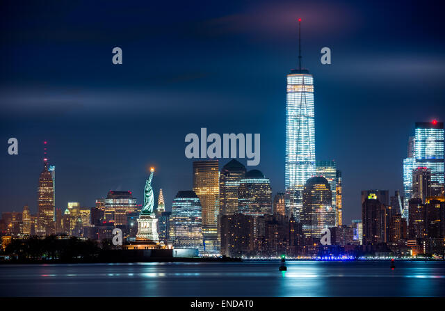 Freedom tower statue of liberty new york stock photos for Iconic new york landmarks