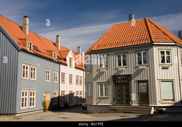 Trondheim norway stock photos trondheim norway stock for Norway wooden houses