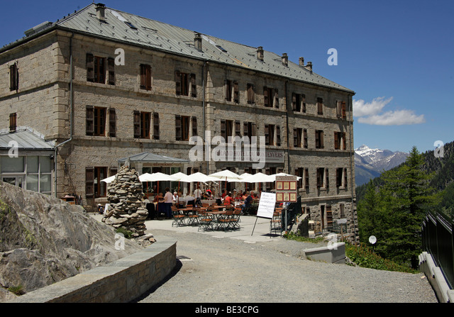 hotel du montenvers stock photos hotel du montenvers stock images alamy. Black Bedroom Furniture Sets. Home Design Ideas