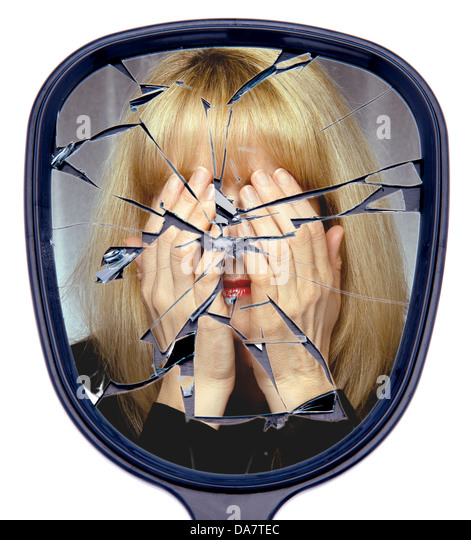 Broken Mirror Stock Photos & Broken Mirror Stock Images ...