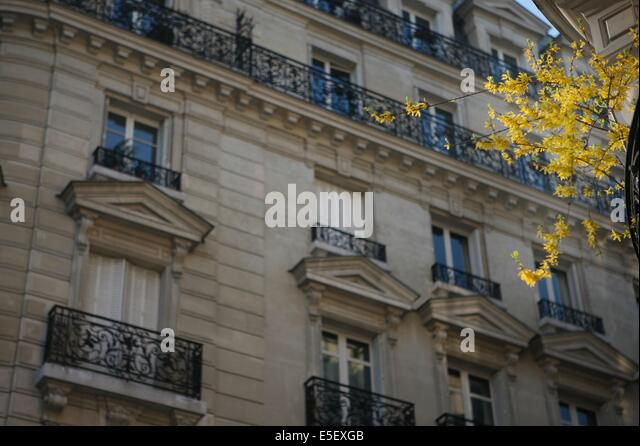 paris boulevard montparnasse stock photos paris boulevard montparnasse stock images alamy. Black Bedroom Furniture Sets. Home Design Ideas