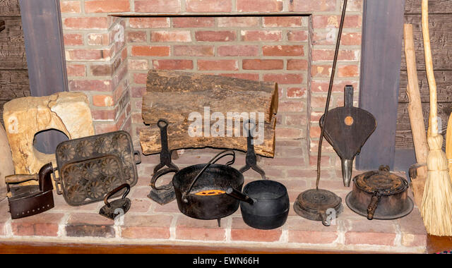 Cooking Fireplace Stock Photos & Cooking Fireplace Stock Images ...