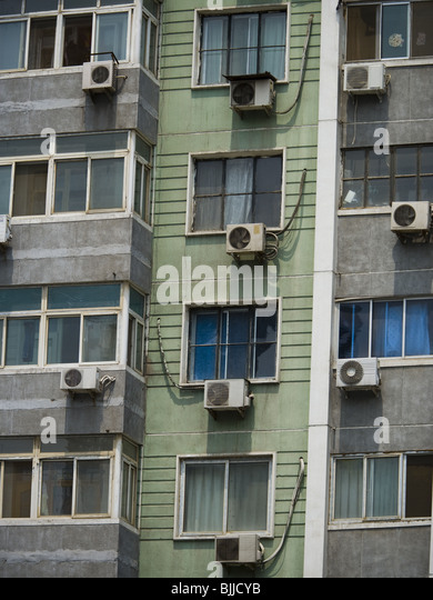 Exterior Air Conditioning Unit Outside Stock Photos & Exterior Air ...