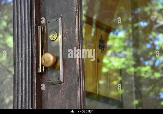 Door Knob To The Entryway Of A 1920u0027s Era 6 Flat Condo Building In Chicagou0027s