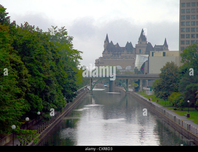 rideau canal ottawa stock photos rideau canal ottawa stock images alamy. Black Bedroom Furniture Sets. Home Design Ideas