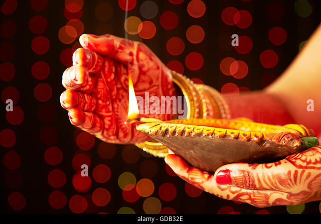 Mehndi Diya Photo : Henna night stock photos images alamy