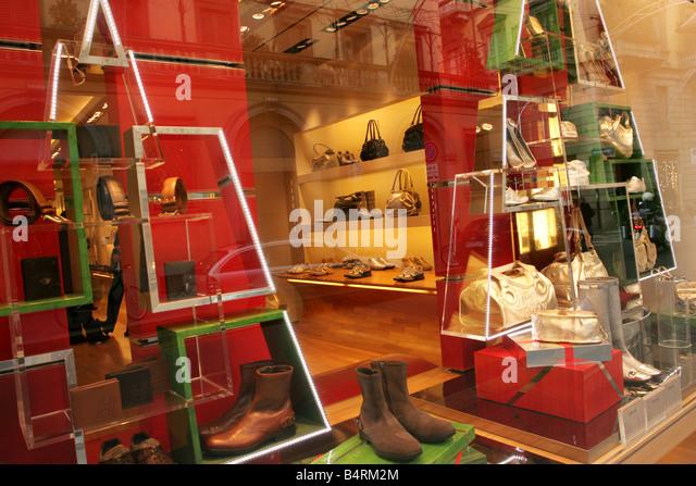 hogan stores milan