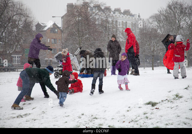 Kids Play In Snow Stock Photos Amp Kids Play In Snow Stock
