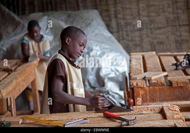 Cabinet Maker Stock Photos & Cabinet Maker Stock Images - Alamy