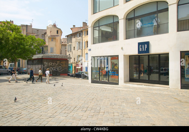 street scene in aix stock photos street scene in aix stock images alamy. Black Bedroom Furniture Sets. Home Design Ideas