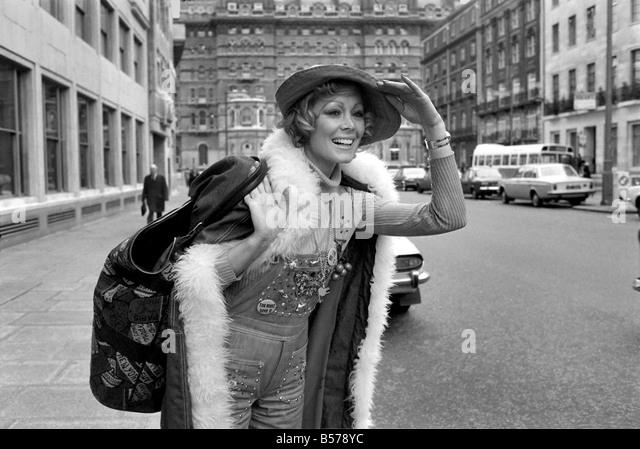 Ann Sidney Nude Photos 35