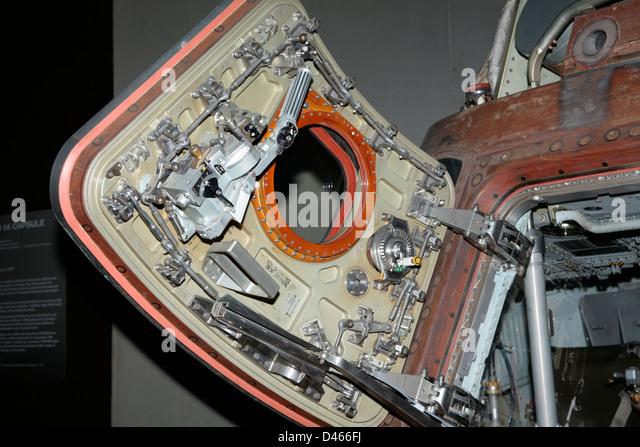 Apollo Spacecraft Stock Photos & Apollo Spacecraft Stock ...