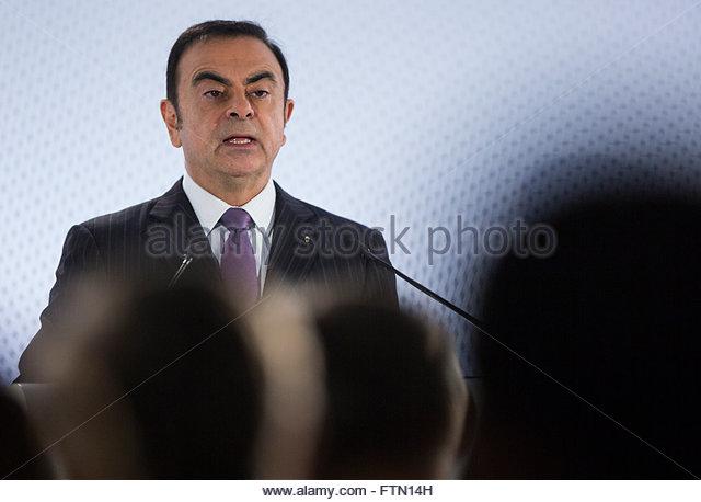 Carlos Ghosn Biography