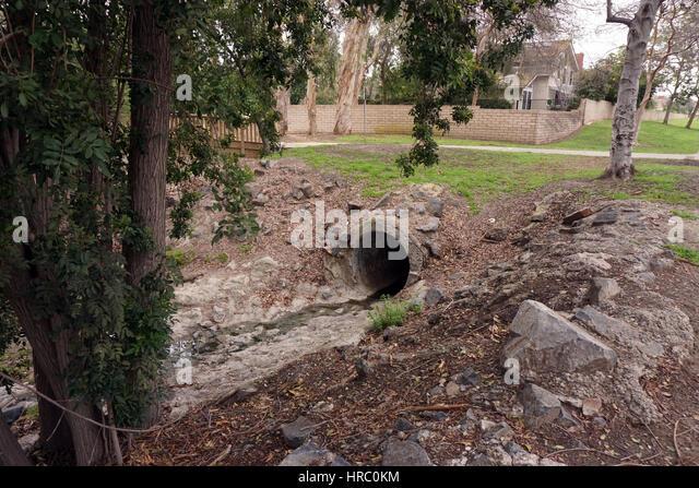 Concrete Storm Sewer : Storm drain stock photos images alamy