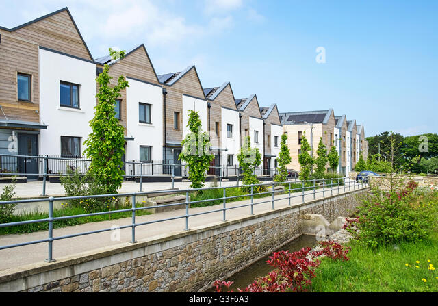 contemporary urban regeneration in the uk Urban regeneration is widely discussed but less widely understood fully revised with important new policy, case studies and international analysis, the second edition of urban regeneration will correct that.