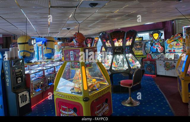 Penny slot machines uk account card credit casino machine merchant retail