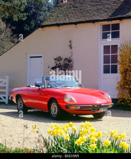 Alfa Romeo Spider 2000 Stock Photos & Alfa Romeo Spider