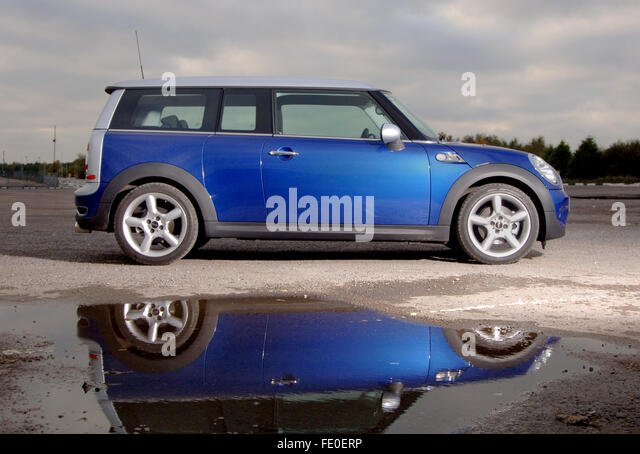 mini cooper s clubman stock photos mini cooper s clubman stock images alamy. Black Bedroom Furniture Sets. Home Design Ideas