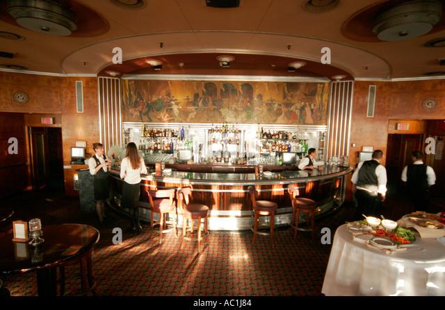 First Class Lounge Stock Photos & First Class Lounge Stock