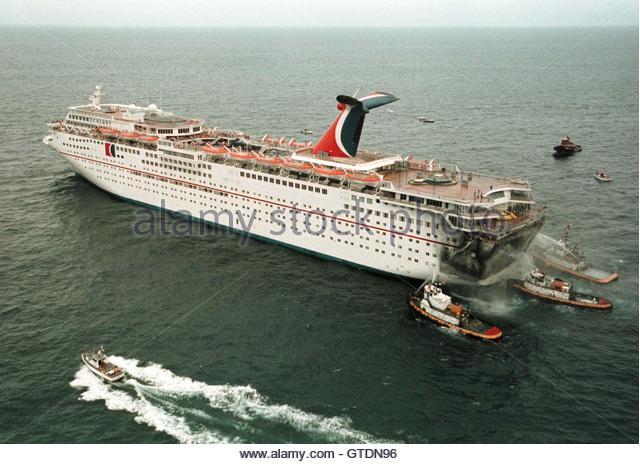Carnival Ecstasy Cruise Ship Stockfotos Und Carnival Ecstasy Cruise Ship Stoc