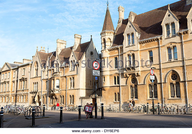 Outstanding Oxford City Centre Stock Photos  Oxford City Centre Stock Images  With Outstanding Broad Street In Oxford City Centre Oxfordshire Uk  Stock Image With Appealing Garden Carts And Trolleys Also Gardens By The Bay Restaurant In Addition Obelisk For Garden And Oporto Discovery Gardens As Well As Rosebank Garden Centre Additionally Garden Court In East London From Alamycom With   Outstanding Oxford City Centre Stock Photos  Oxford City Centre Stock Images  With Appealing Broad Street In Oxford City Centre Oxfordshire Uk  Stock Image And Outstanding Garden Carts And Trolleys Also Gardens By The Bay Restaurant In Addition Obelisk For Garden From Alamycom