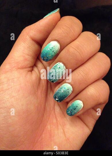 snowlike-nails-s03b3e.jpg