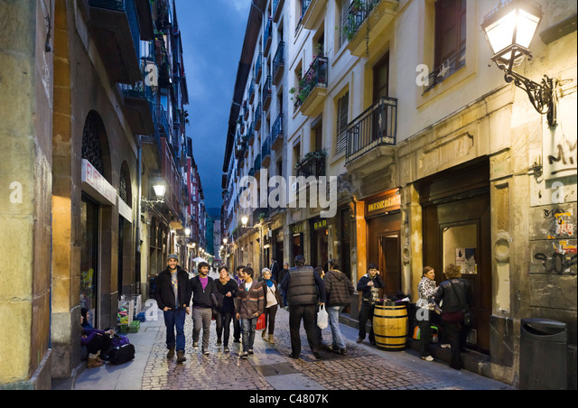 Bilbao Old Town Stock Photos & Bilbao Old Town Stock Images - Alamy