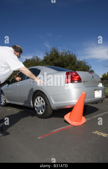 how to become a student driver instructor