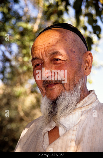 turpan men Taizi shan, linxia,  on any friday around a third of the men who worship at the mosque are not local,  the turpan basin is the hottest place in china, .