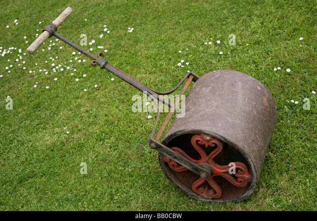 Garden Roller Stock Photos Garden Roller Stock Images Alamy