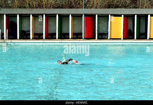 Tooting bec lido stock photos tooting bec lido stock images alamy for Open door swimming pool london