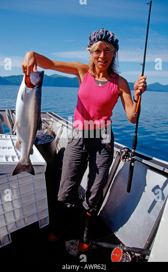 sekiu cougar women Grab your fishing rod, sharpen your hooks thousands of lowland lakes in washington await anglers new and old with exciting family friendly fishing opportunities.