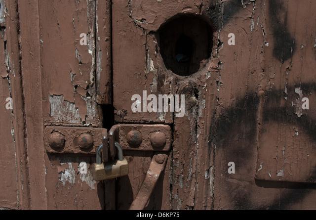 Padlocked Door - Stock Image & Padlocked Door With Hole Stock Photos \u0026 Padlocked Door With Hole ... Pezcame.Com