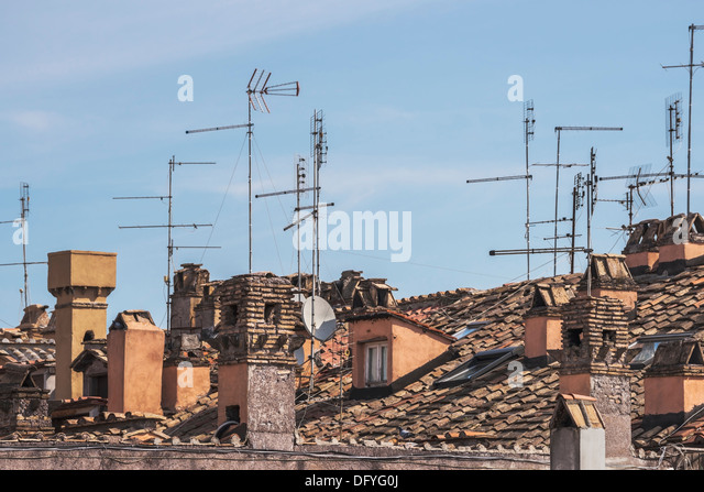 Antennas in the old city 1