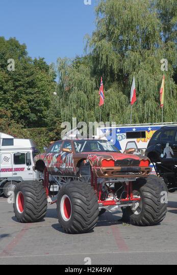 Big wheels car stock photos big wheels car stock images alamy