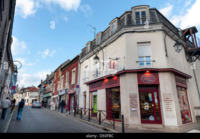 Shops in the Parisian suburb of Villiers-le-Bel - Stock Image