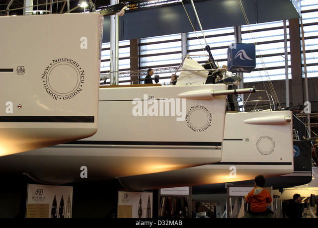 Dufour stock photos dufour stock images alamy for Salon nautique geneve