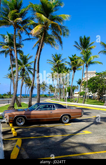 A vintage muscle car in San Juan Puerto Rico. - Stock Image