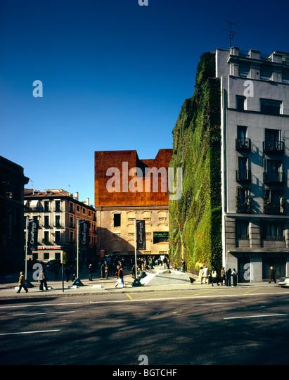 Caixa forum stock photos caixa forum stock images page for Herzog de meuron madrid