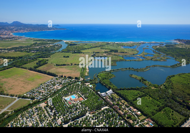 camping france sea stock photos camping france sea stock images alamy. Black Bedroom Furniture Sets. Home Design Ideas