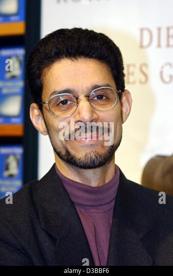Rohinton Mistry – Family Matters