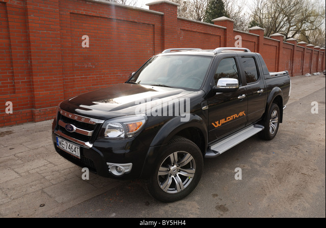 ford ranger 3 0 tdci wildtrak stock photos ford ranger 3 0 tdci wildtrak stock images alamy