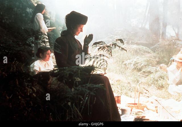 Am Valentinstag Anno 1900 Unternimmt Das Mädchenpensionat Des  Appleyard Colleges Einen Ausflug Zum Hanging
