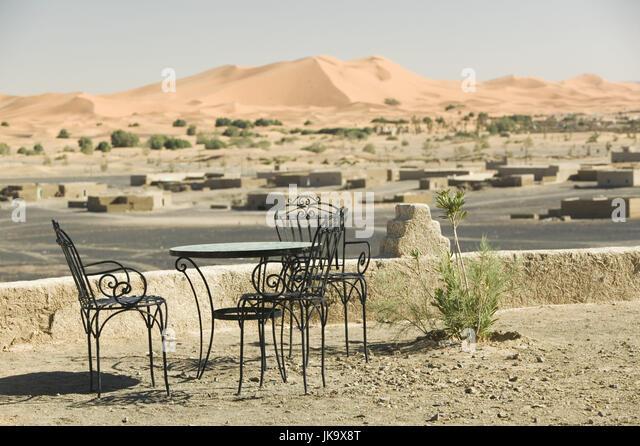 marokko tafilalt merzouga cafe sitzgruppe hintergrund erg chebbi dnen - Tisch Afrika Style