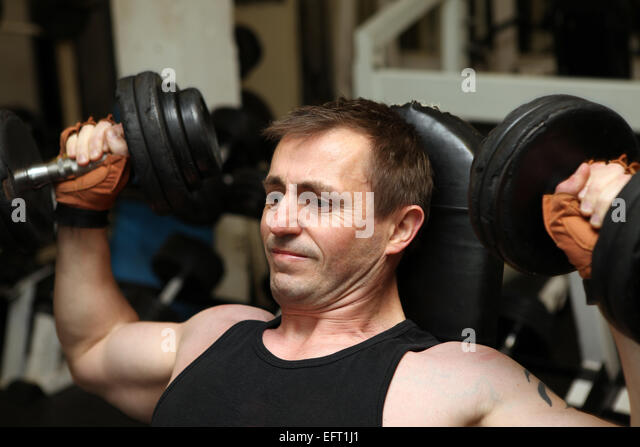 how to build upper body strength male