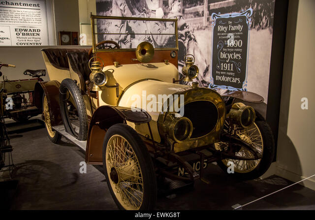 Vintage car museum stock photos vintage car museum stock for Andalusia ford motor company