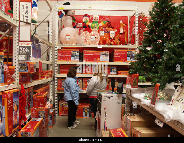 Home depot store interior stock photos home depot store for Home depot indoor christmas decorations