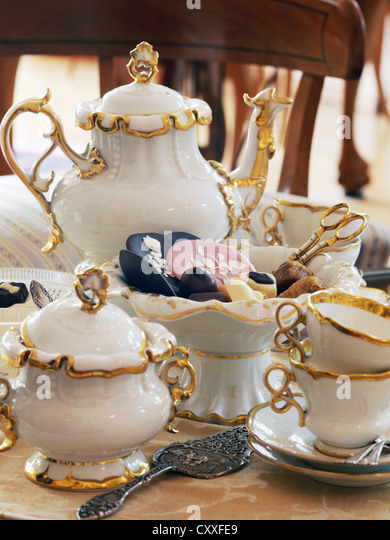 bone china cups stock photos bone china cups stock images alamy. Black Bedroom Furniture Sets. Home Design Ideas